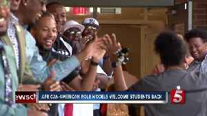 More than 30 men welcome KIPP Nashville College Prep Elementary students back on first day [Video]