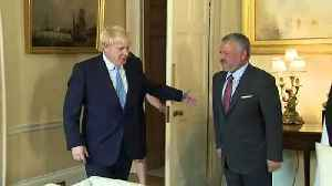 Boris Johnson greets Jordan's King Abdullah II [Video]