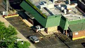 Car Crashes Into Golden Nugget Pancake House In Belmont Cragin [Video]