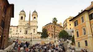 News video: In Rome, Tourists Have Been Banned From Sitting On Spanish Steps