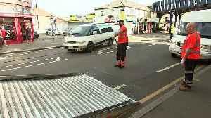 Eyewitnesses describe police machete attack [Video]