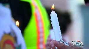 Music helps to heal at vigil in Tucson to honor shooting victims [Video]