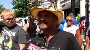 Demonstrators greet Trump in Dayton, Ohio [Video]