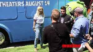 Dove Cameron 'The Angry Birds Movie 2' Green Carpet [Video]