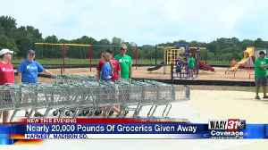 HUNTSVILLE, ATHENS, HARVEST CHURCH HANDS OUT 20,000 POUNDS OF GROCERIES IN HARVEST [Video]