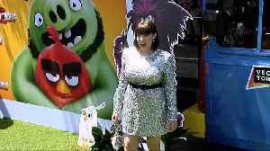 Rachel Bloom 'The Angry Birds Movie 2' Green Carpet [Video]