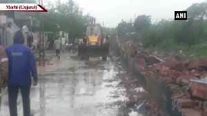 8 people die after wall collapses in Gujarat's Morbi [Video]