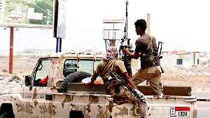 News video: Separatists seize Aden presidential palace, gov't military camps