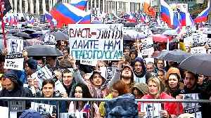 Tens of thousands rally at election protest in Moscow [Video]