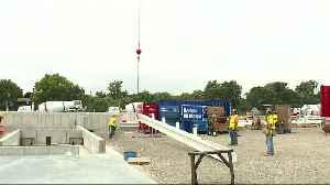 First steel beam placed at site of new Fiat Chrysler Mack Avenue plant [Video]