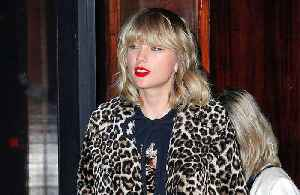 News video: Taylor Swift pays fan's tuition