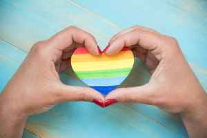 Illinois Mandates Schools to Teach LGBTQ History [Video]