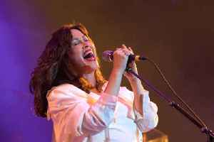 News video: Alanis Morissette gives birth