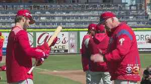 Phillies Hire Charlie Manuel As New Hitting Coach, Fire John Mallee [Video]