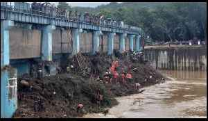 Indian Army Works to Clear Dam Blockage as Flood Death Toll Rises [Video]