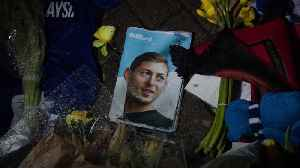 Sala suffered carbon monoxide poisoning before plane crash, report says [Video]