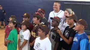 Manny Machado, wife Yainee visit Boys and Girls Club [Video]