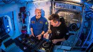 Astronaut rocked Ibiza with first ever DJ set from Space! [Video]