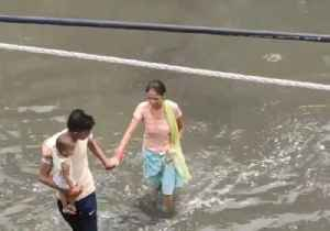 Flooding Threatens Delhi as Heavy Rain Continues Across India [Video]