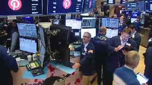 News video: Stocks Fall, Signaling 1st Yield Curve Inversion In 12 Years