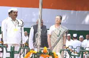 Watch: Sonia Gandhi hoists tricolour at Congress headquarters [Video]
