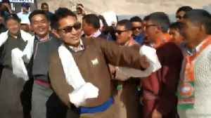 Watch Ladakh BJP MP Jamyang Tsering Namgyal dance during I-Day celebrations [Video]