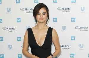 Selena Gomez creating own beauty line? [Video]