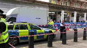 London Stabbing: Man Left With Life-Threatening Injuries In Westminster [Video]