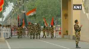 Independence Day | Beating the Retreat ceremony at Wagah-Attari border [Video]