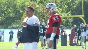 Practice Video: Vrabel Offers Brady Some Tips [Video]