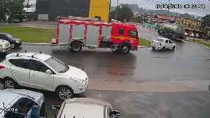 Fire Truck in Right Place at Right Time [Video]