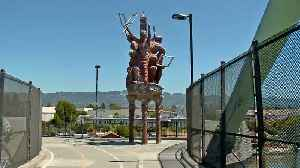 Berkeley Arts Commission Votes to Remove 'Big People' Sculpture Above I-80 [Video]