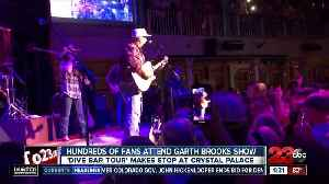 Garth Brooks' Dive Bar Tour comes to Bakersfield [Video]
