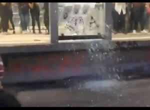 Demonstrators Smash Glass During Protests Over Alleged Police Rapes in Mexico City [Video]