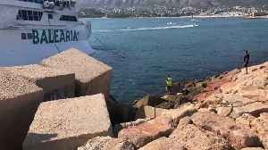 Divers Attempt to Refloat Balearia Ferry That Ran Aground For Second Time in Two Years [Video]
