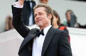 News video: Brad Pitt praises Leonardo DiCaprio
