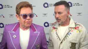 Elton John Defends Meghan Markle And Prince Harry On Twitter [Video]