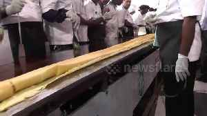 "Sixty Indian chefs make record-breaking 100ft pancake or ""dosa"" [Video]"