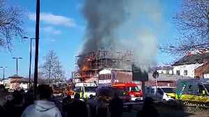 Firefighters battle blaze at Southampton construction site [Video]