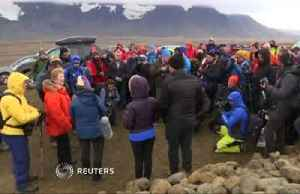 Iceland unveils memorial plaque for lost glacier [Video]