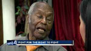 Milwaukee man one of the first African Americans to serve in the Marines [Video]