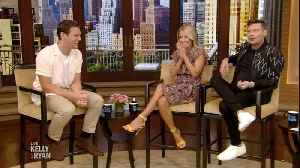 Kelly and Jonathan Groff Reminisce About Wildwood, New Jersey [Video]