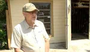 Lightning sparks scare for Lake Worth man [Video]