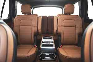 2020 Lincoln Aviator Back Seat Review [Video]