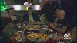 De Blasio's Priorities Questioned After Pizzeria Promise [Video]