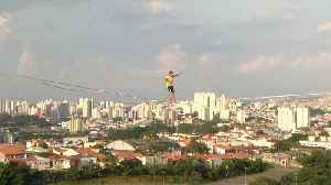 Brazilian slackliners defy gravity with Sao Paulo's abandoned buildings [Video]