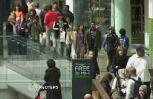 UK retail sales collapse at fastest pace since 2008 - CBI [Video]