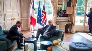 News video: Johnson puts feet up at Elysee Palace