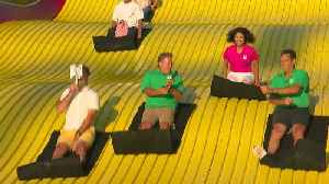 Amelia, Frank, Chris & Mike Race On Fair's Giant Slide [Video]