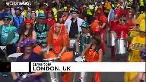 Revellers enjoy sunshine at hot Notting Hill Carnival [Video]